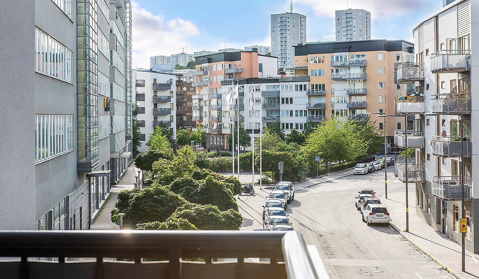 Oskarslundsbacken 1, 2tr - Fredsborgsparken intill bostaden