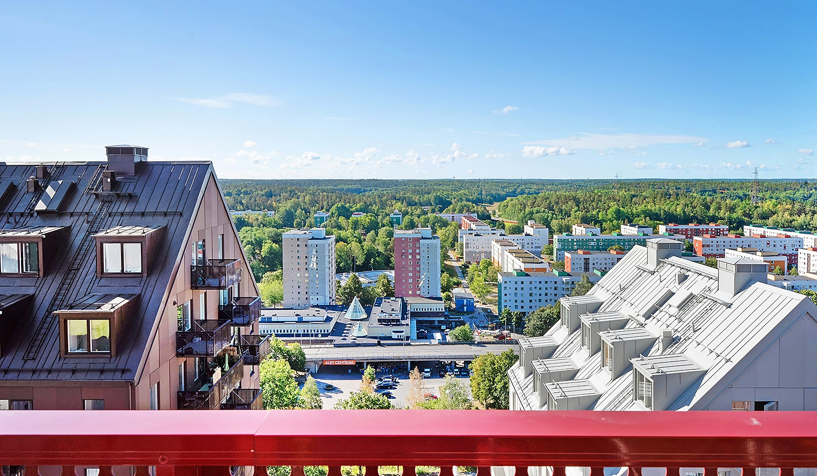 Lagmansbacken 7, 7tr - Utsikt från balkongen