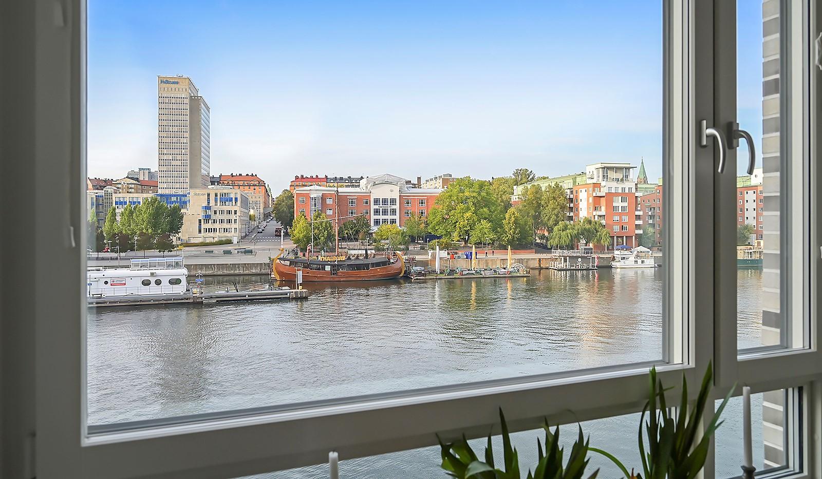 Fredriksdalsgatan 24, vån 2 - Utsikt från matplatsen