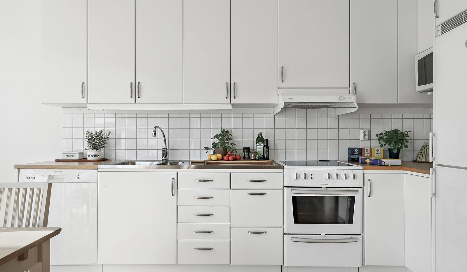 Midskeppsgatan 19, vån 4 - Stilrent och fullt utrustat kök