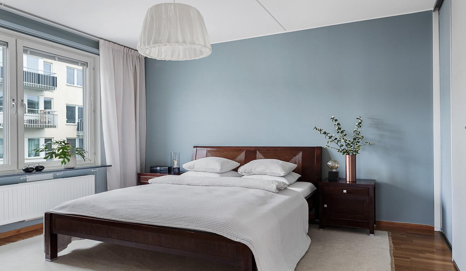 Grönbrinksgatan 10, 5 tr - Ljust och rofullt sovrum
