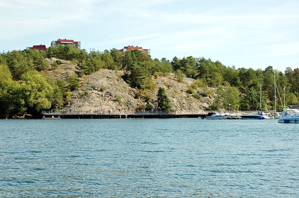 Fågeltorget 169, 2tr - Badklippor och småbåtshamn.