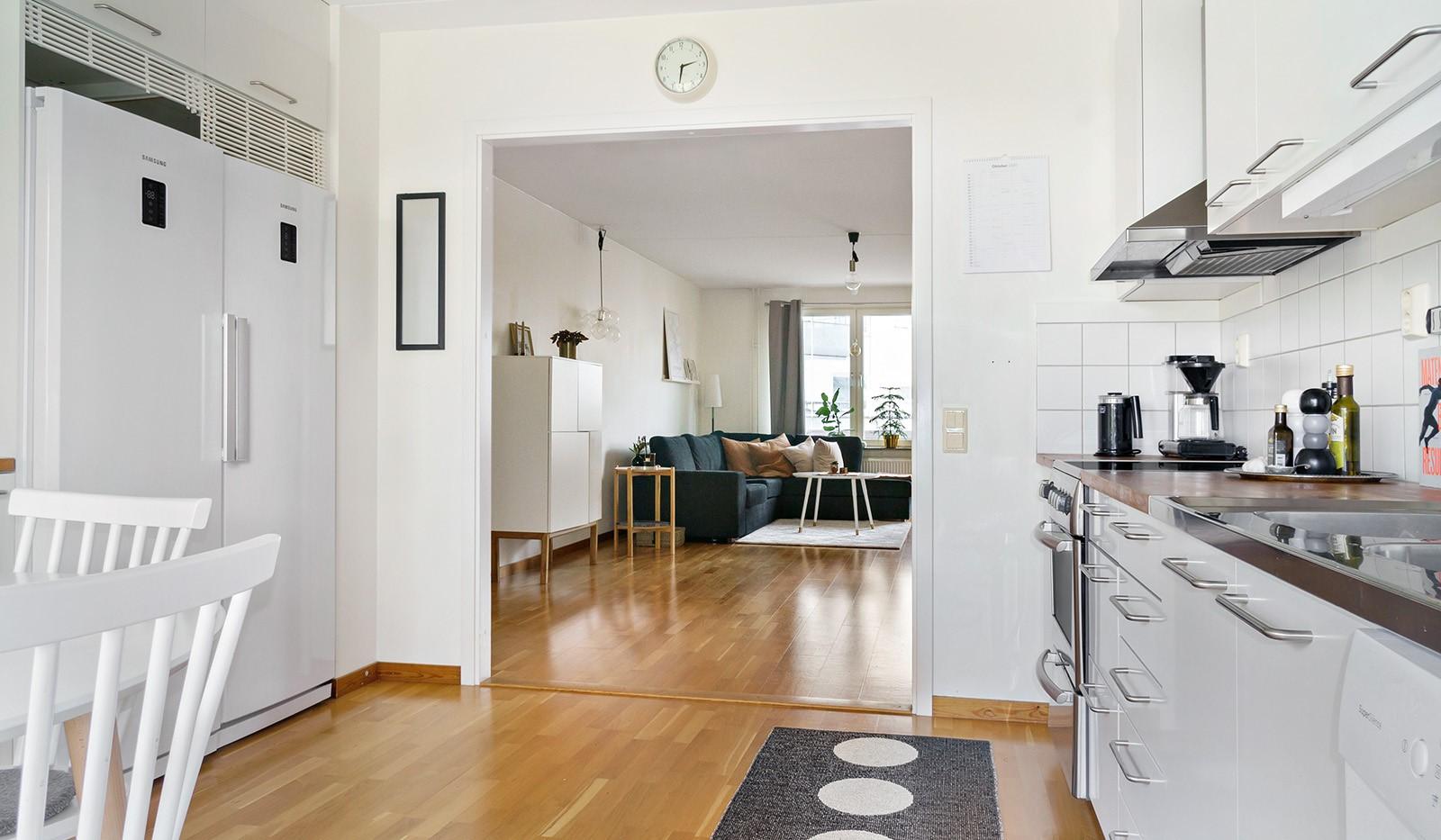 Hildebergsvägen 16, 1 tr - Öppen planlösning mellan kök och vardagsrum