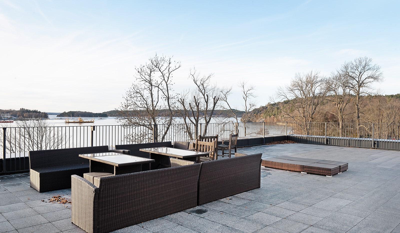 Vårby allé 31, 1tr - Stor gemensam takterrass med vacker utsikt