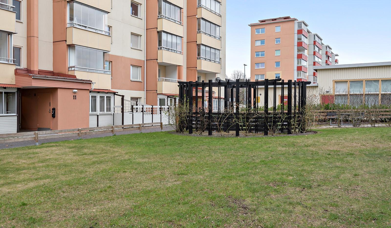 Hampvägen 11, 3tr - Fasad