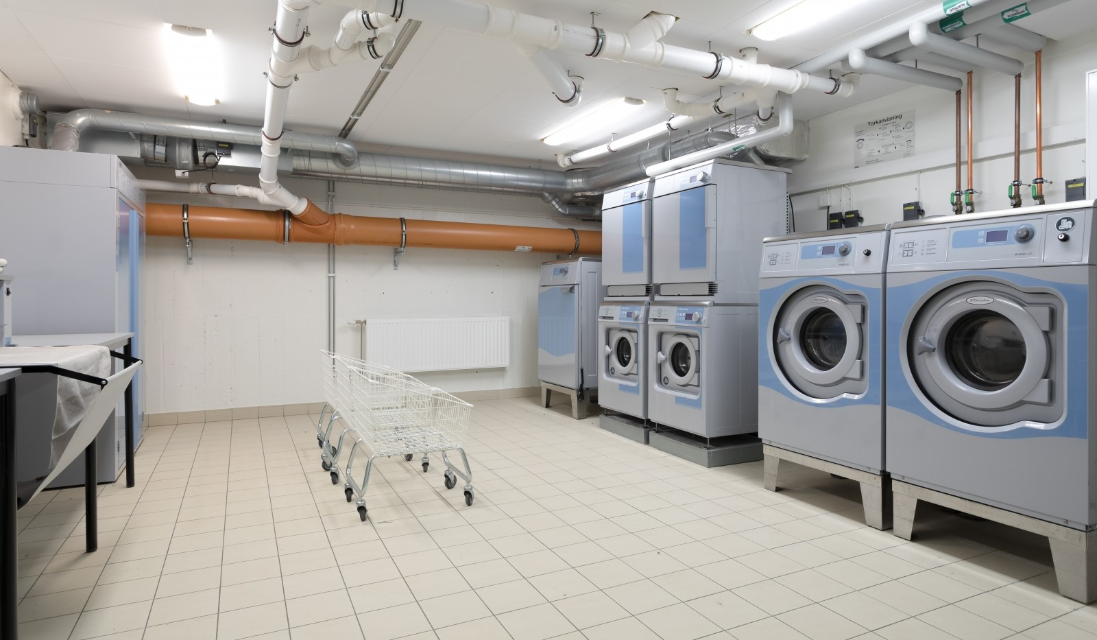 Tellusborgsvägen 90, 2 tr - Föreningens gemensamma tvättstuga