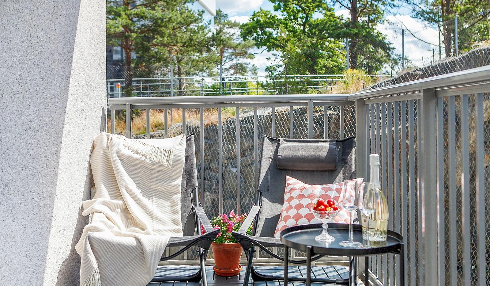 Sjöviksvägen 128, 7 tr. - Balkongen ligger i högt söderläge