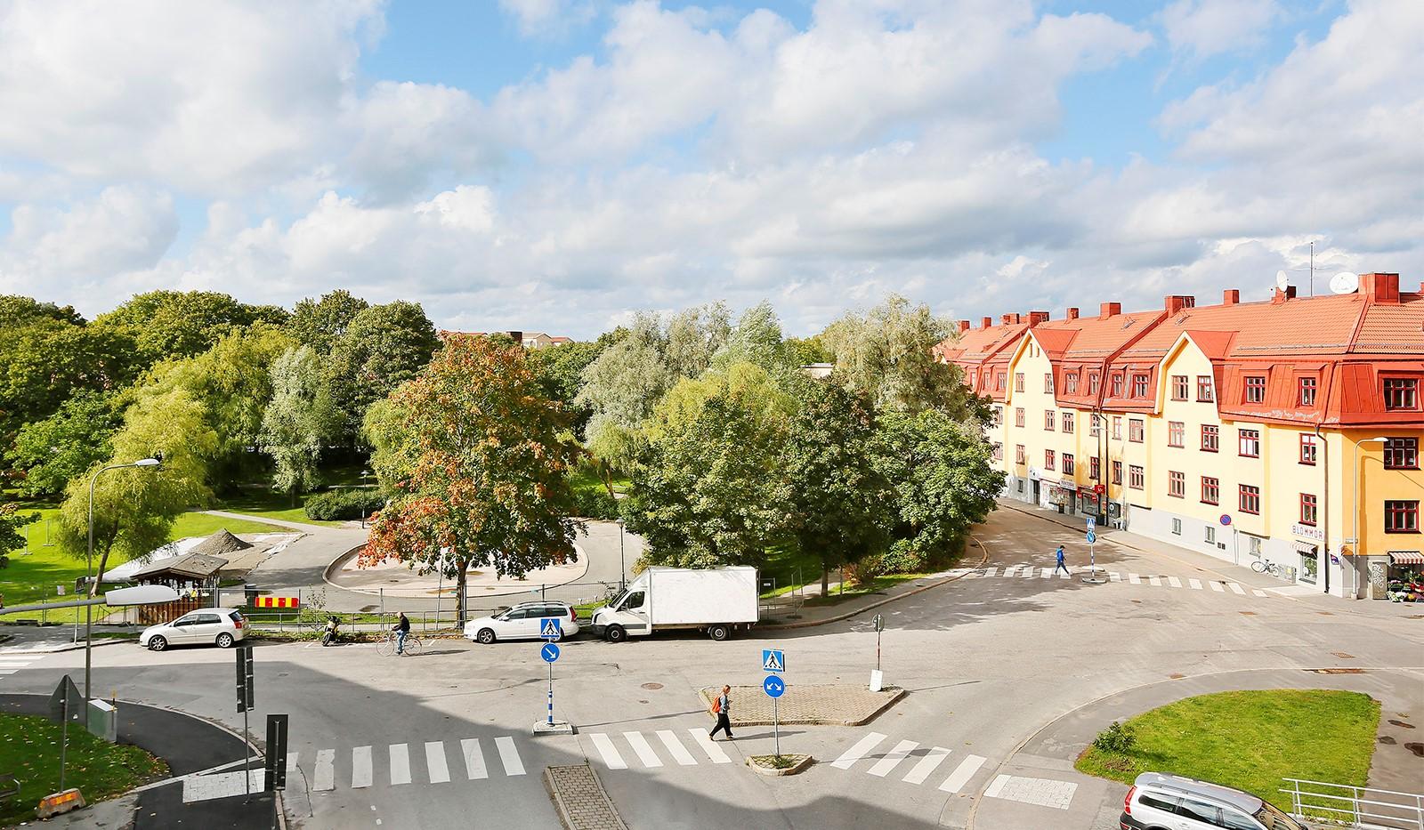 Tellusborgsvägen 90, 2 tr - Härliga kvarter i området