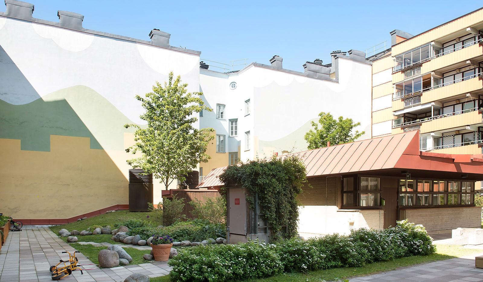 Folkungagatan 58 - Här ligger även föreningens tvättstuga i ett fristående hus
