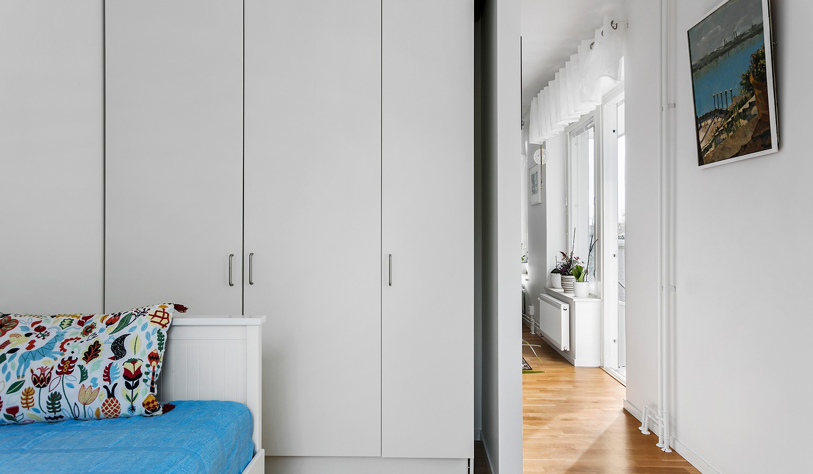 Tingstorget 1, 2tr - Sovrum med garderober