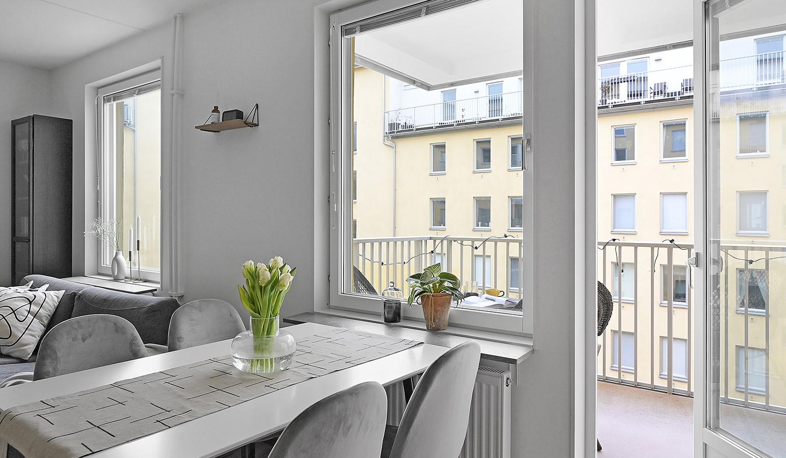 Buteljgatan 24, 5 tr - Från köket finns utgång till balkongen
