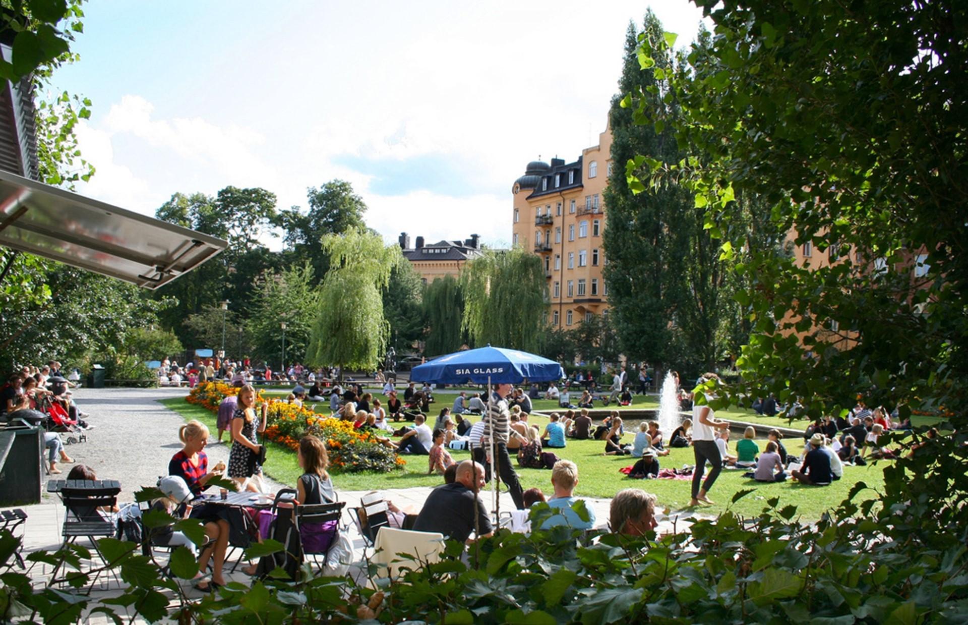 Kocksgatan 42 - Sommarbild Nytorget