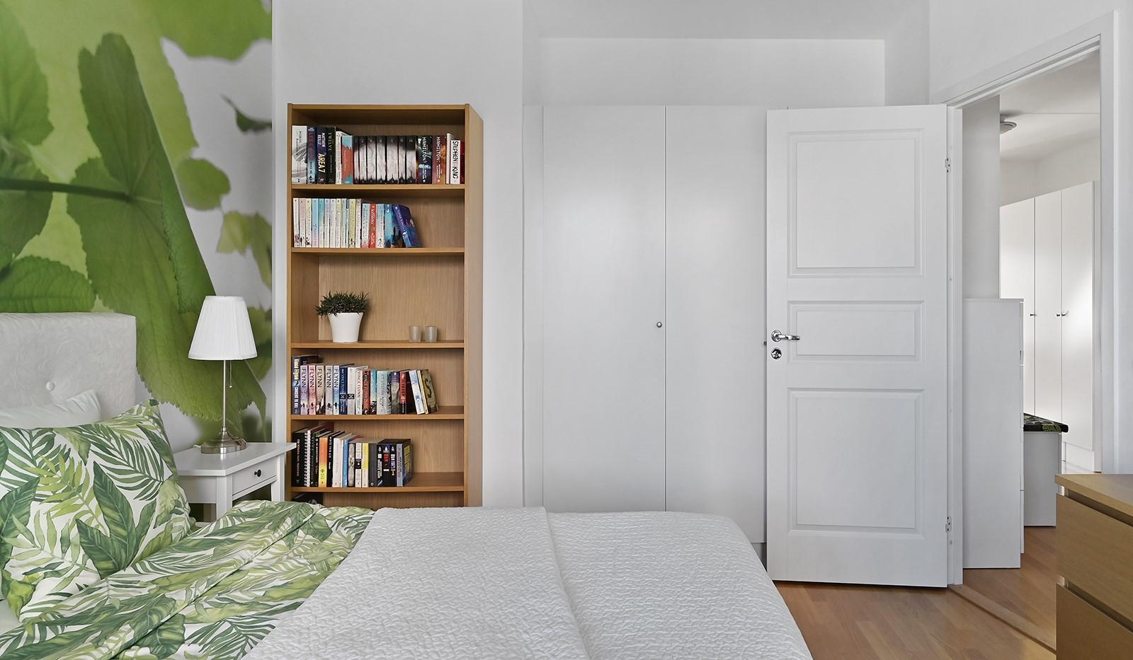 Blekegatan 1, 6 tr - Bra förvaring i garderober