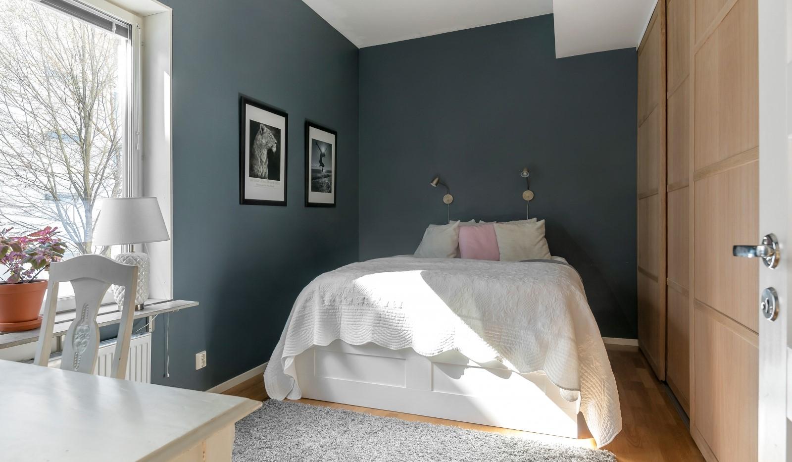 Heliosgatan 58 - Rofyllt sovrum i vacker kulör