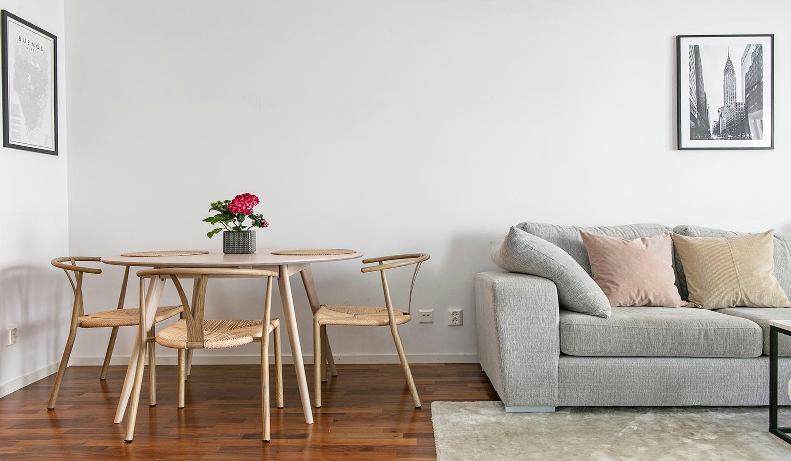 Sjöviksvägen 114, 3 tr - Dessutom finns plats för matbord och stolar