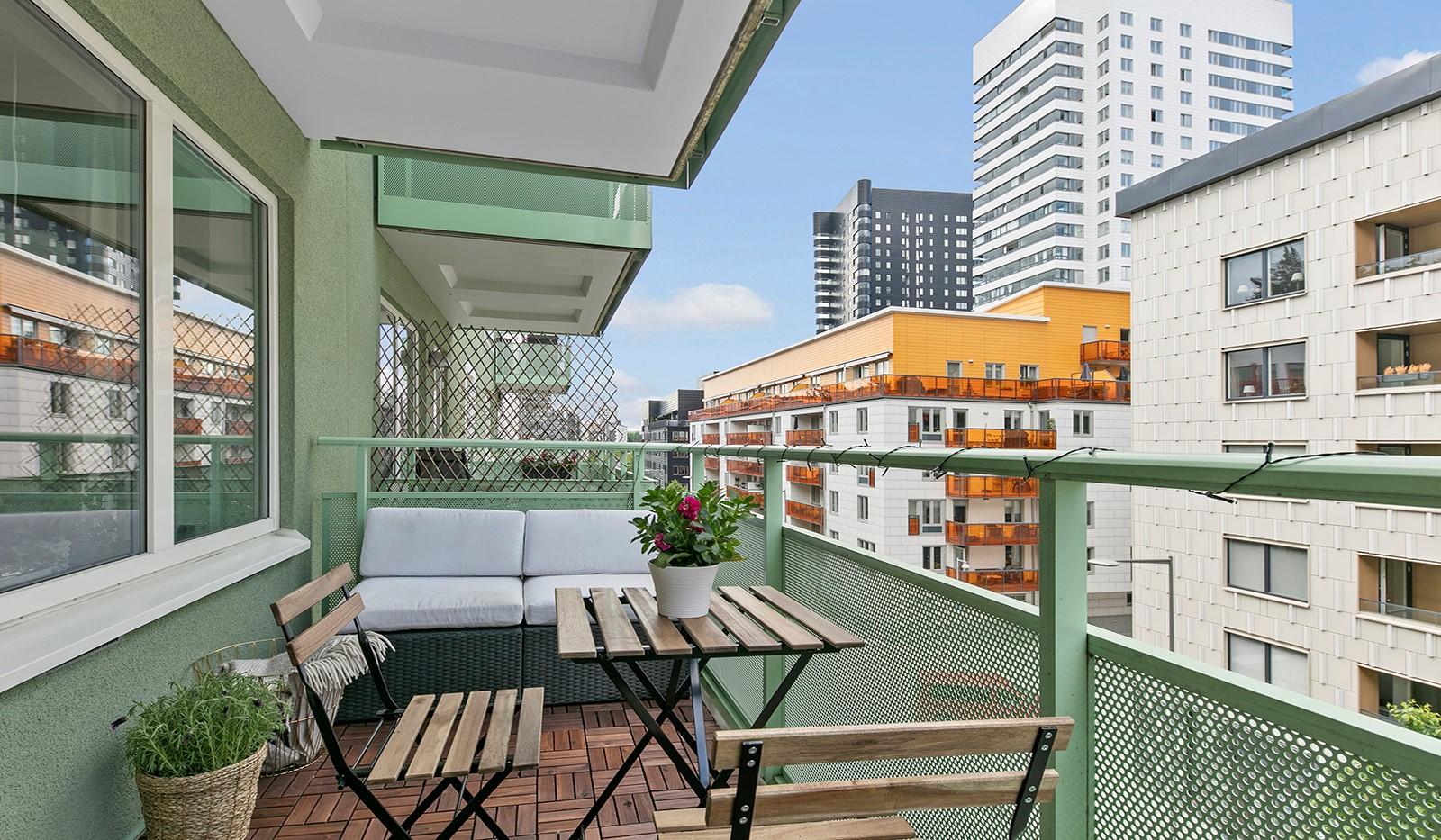 Sjöviksvägen 114, 3 tr - Stor möblerbar balkong