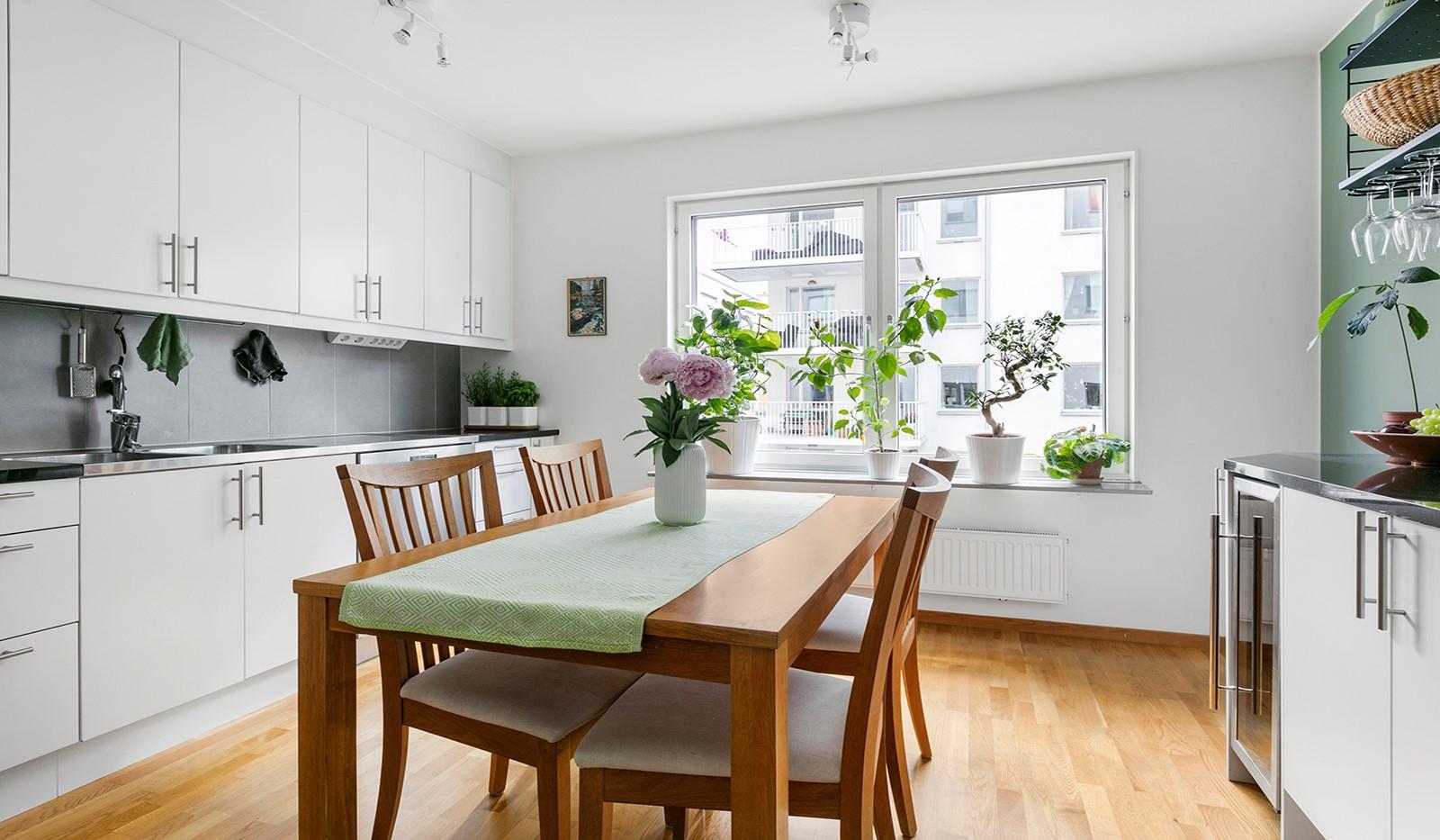 Marieviksgatan 44, 2 tr - I köket ryms en ordentlig matplats